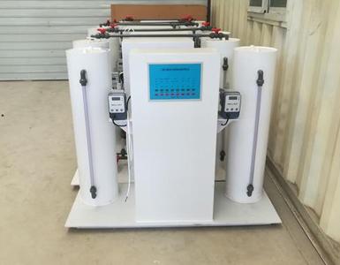 化工助剂灌装厂—盐酸自动灌装25公斤桶计量泵的简介以及盐酸的属性